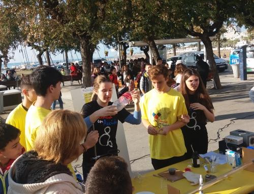 L'Escola Pia de Sitges participa en el Dia de la Ciència al Carrer